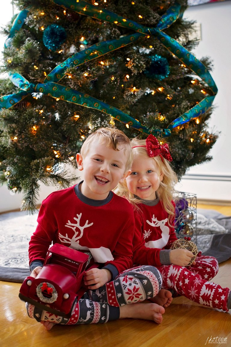 JKoteenPhotography_FamilyPhotos__HolcombFarm_JakeKoteenPhotographer_7119.jpg